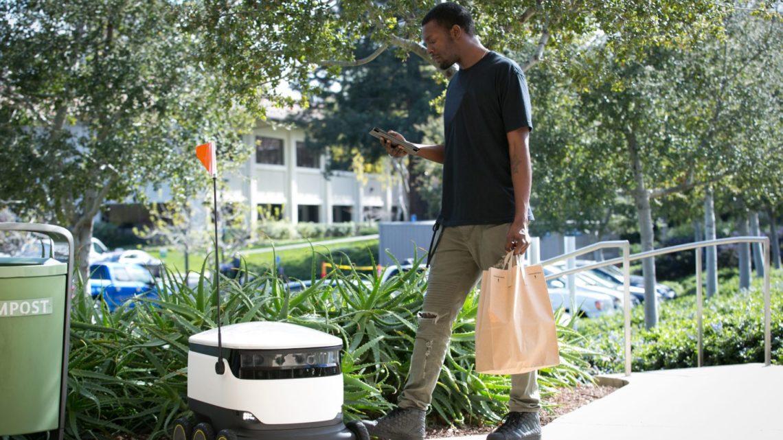 Amazon тестирует шестиколесных роботов-курьеров