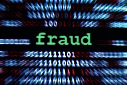 За кражу у Facebook и Google мошеннику грозит 30 лет тюрьмы