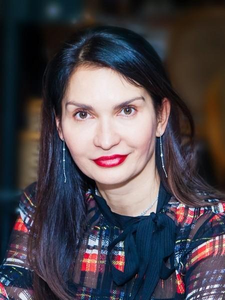 Оксана Гуськова (Связной | Евросеть)