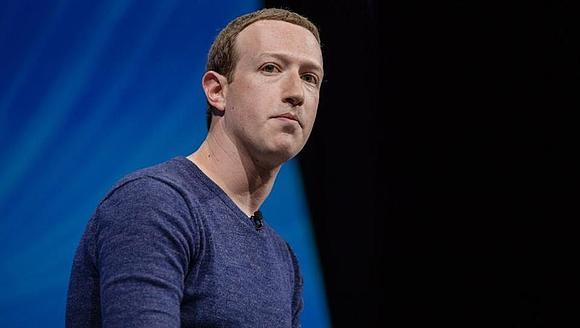 Глава Facebook – третий по богатству в мире